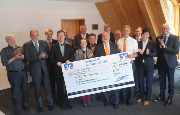 Ausschüttung Gewinnsparfonds 2017 an Städte und Gemeinden im Geschäftsgebiet der Volksbank Ermstal-Alb eG